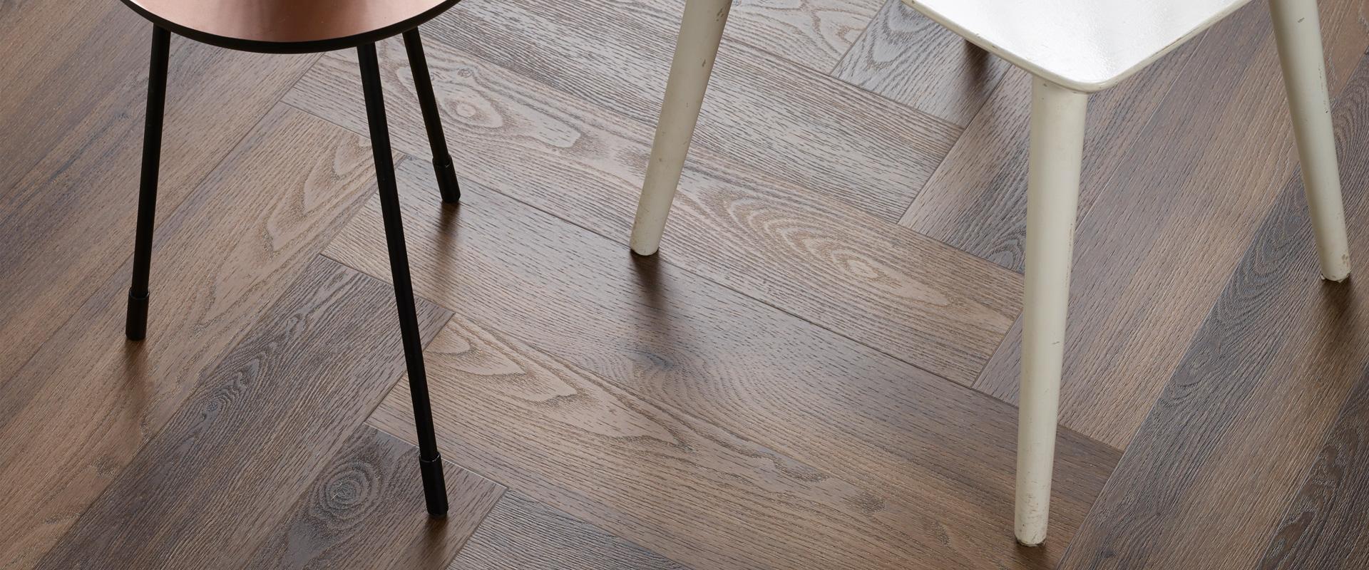 Visgraat PVC vloer | Vloerenland