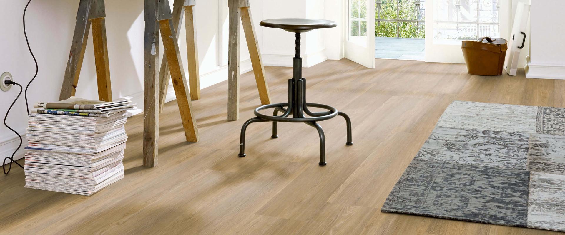 Bekend Een PVC vloer over een bestaande vloer leggen | Vloerenland GY96