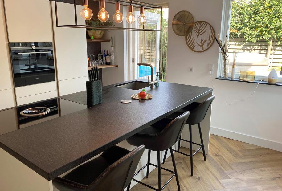 Vloerenland Visgraat PVC vloer Keuken
